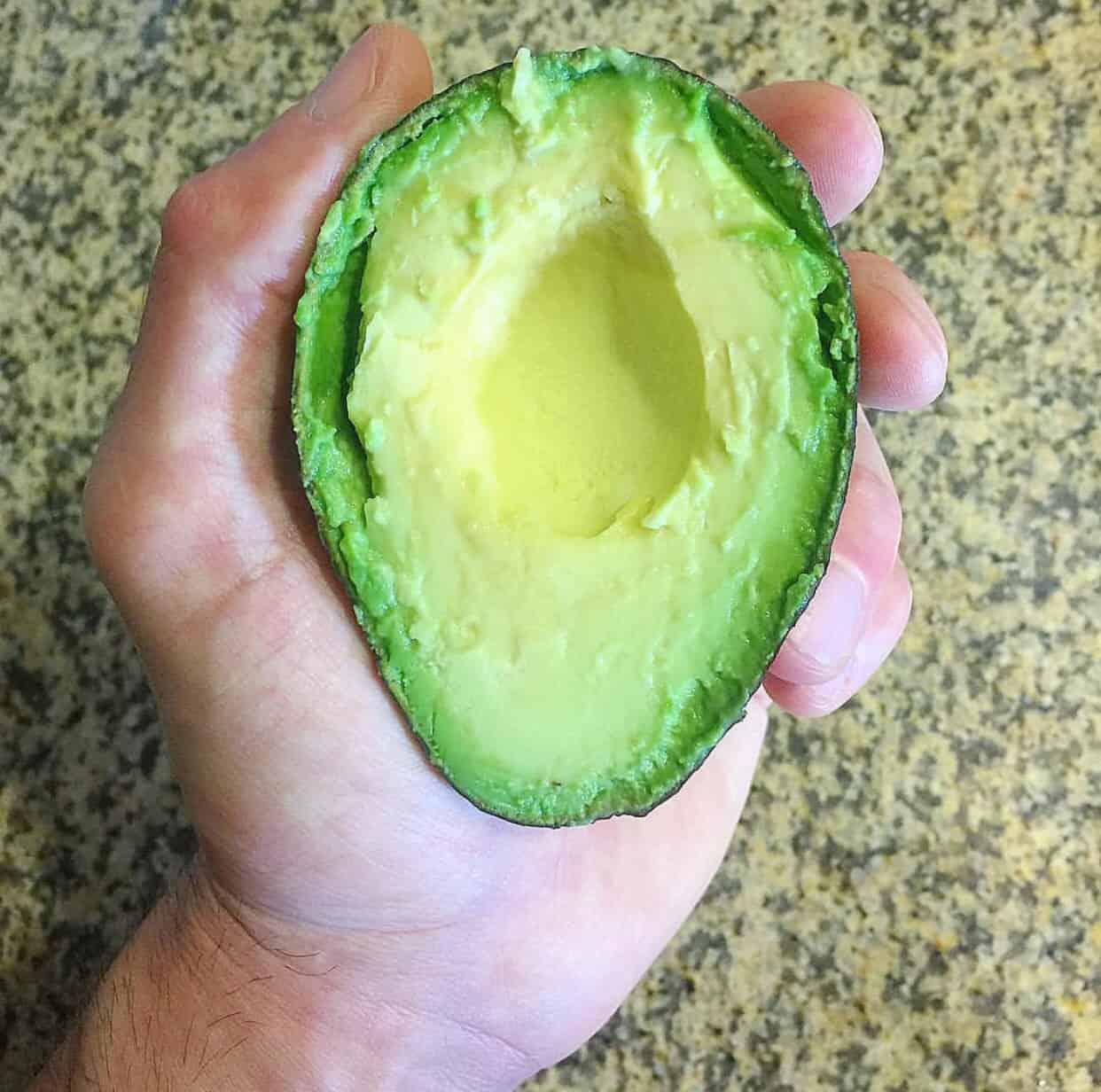 healthy grocery list - avocado